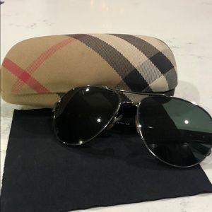 Burberry Aviator Sunglasses B3022